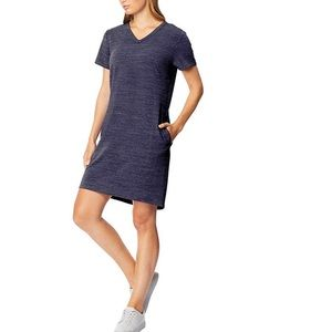 32 DEGREES COOL Short Sleeve V Neck Dress.
